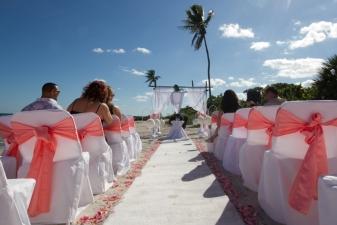 Beach Wedding Decorations and Setups